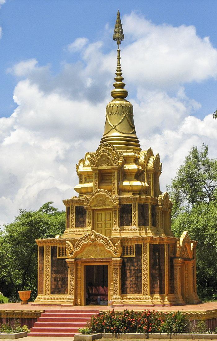 Viajes a Asia con Viajes Ikertanoa, todo el asesoramiento y la información necesaria para viajar independiente y diferente. Fotografía de Camboya, Phnom Pros.