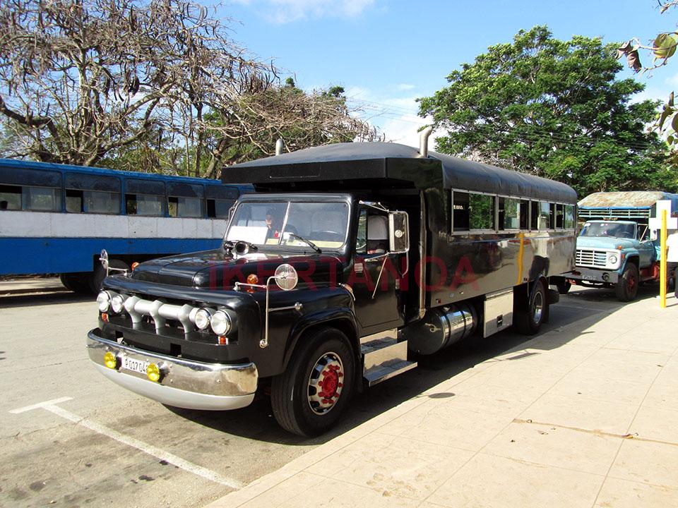 Camiones en Morón