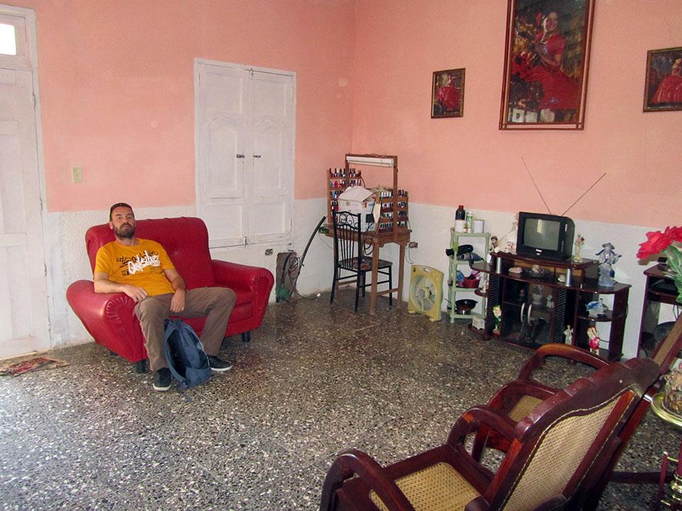 Entrada a la casa particular en Trinidad