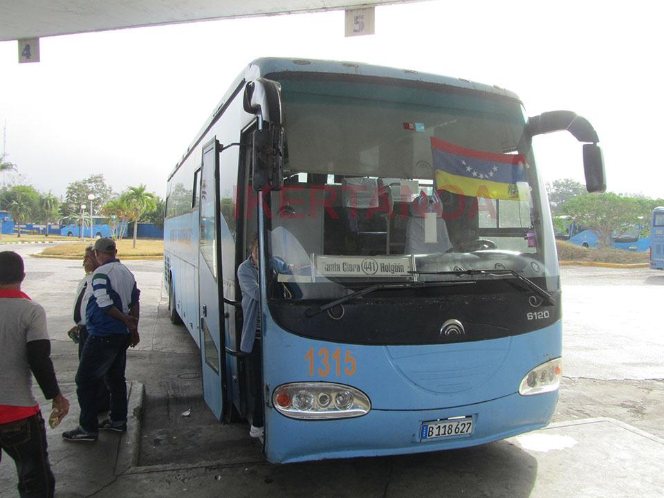 Bus de Ciego de Ávila a Santa Clara