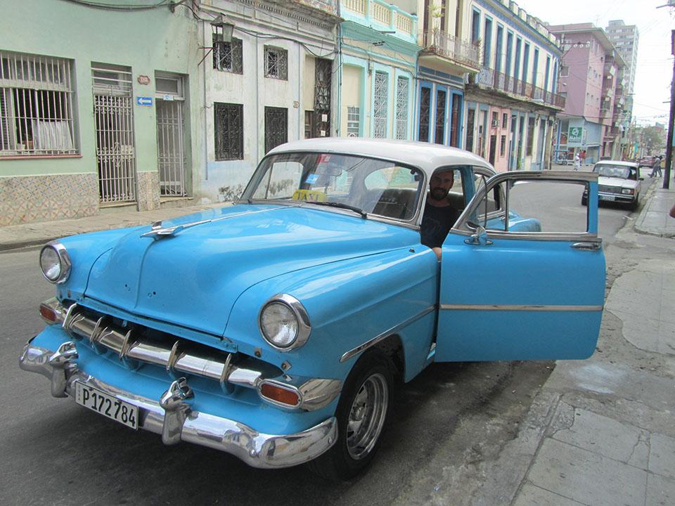 Coche que nos llevó de La Habana a Viñales