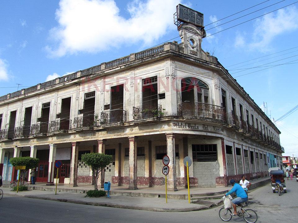 Edificio colonial en Morón