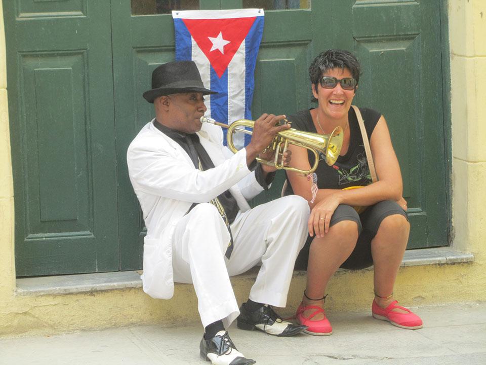 Músico con la trompeta