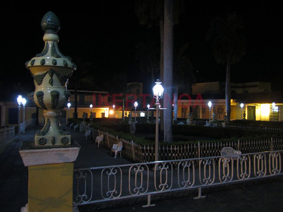 Plaza del pueblo en Trinidad