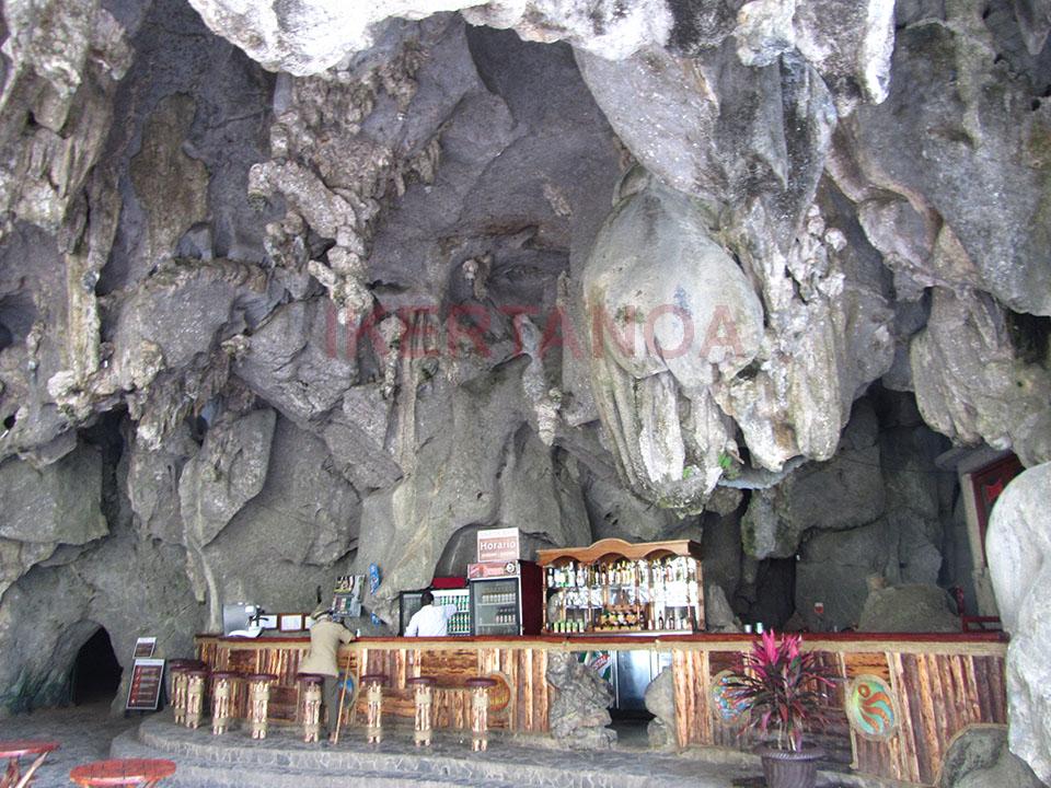 El bar de la Cueva de San Miguel