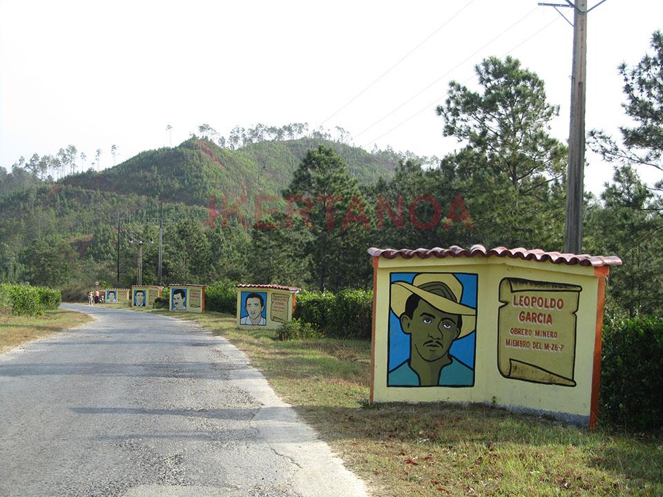 Carretera camino a Cayo Jutías