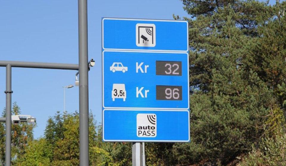 Señal de peaje a la entrada de Oslo.