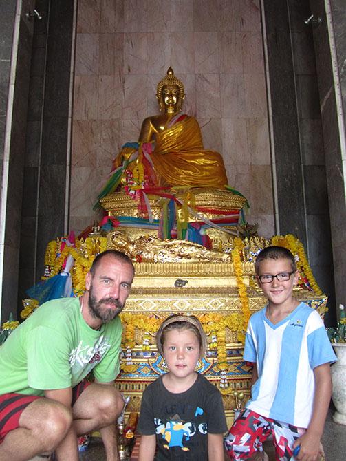 Templo en Hat Yai, Viajes a Tailandia con Viajes Ikertanoa