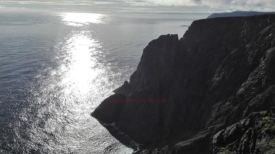 Los acantilados que rodean Cabo Norte en Noruega.