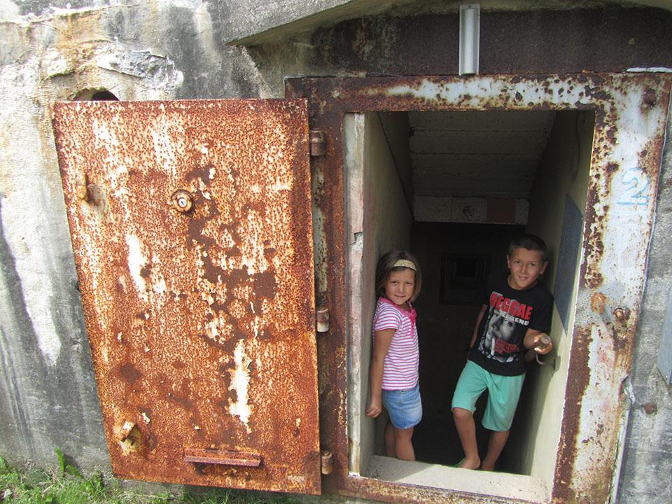 La entrada al búnker en Hirtshals, Dinamarca.