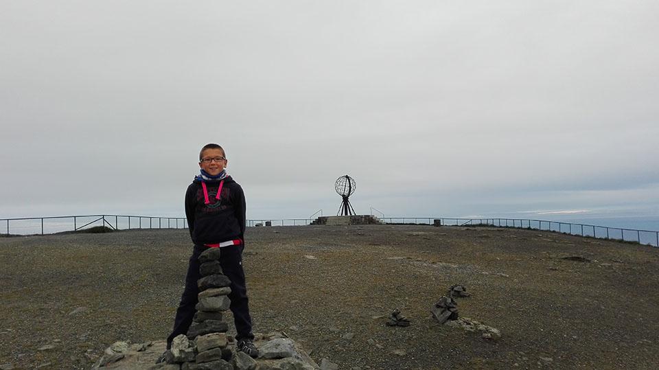 Hito hecho por Iker en Cabo Norte en Noruega.