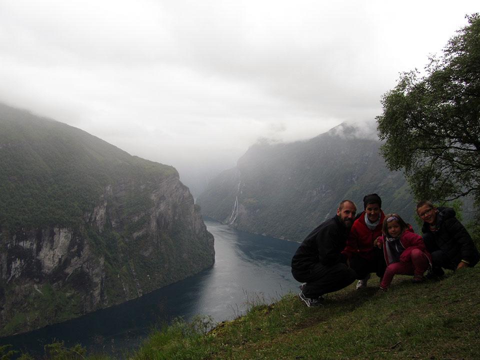 La cascada de las siete hermanas en el fiordo Geiranger en Noruega.