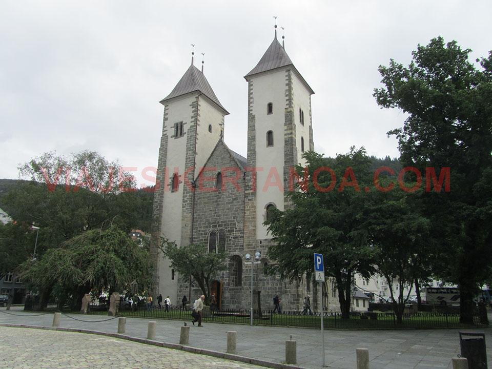 La iglesia de Santa Maria en Bergen en Noruega.