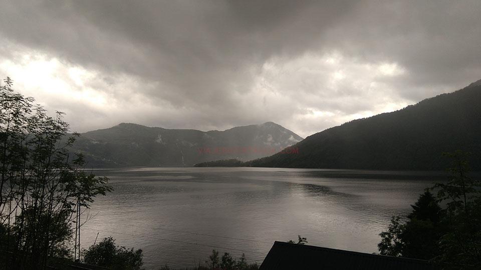El fiordo Hardangerfjorden en Noruega.