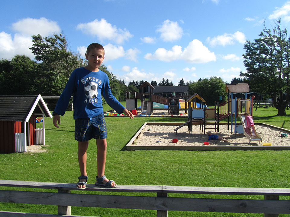 Zona de juegos en el camping de Hirtshals en Dinamarca.