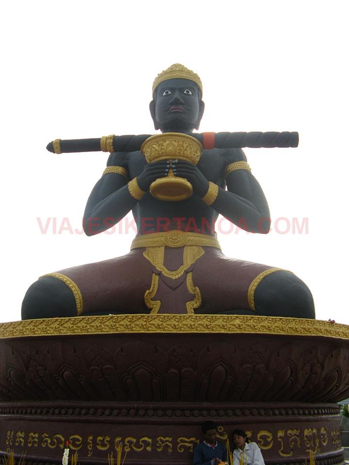 Estatua Ta Dumbong en Battambang, Camboya.