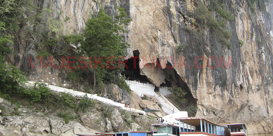 Las cuevas de Pak Ou en Luang Prabang, Laos.