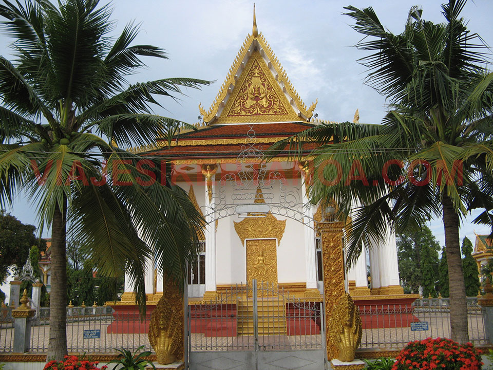 Wat Kamphaeng en Battambang, Camboya.