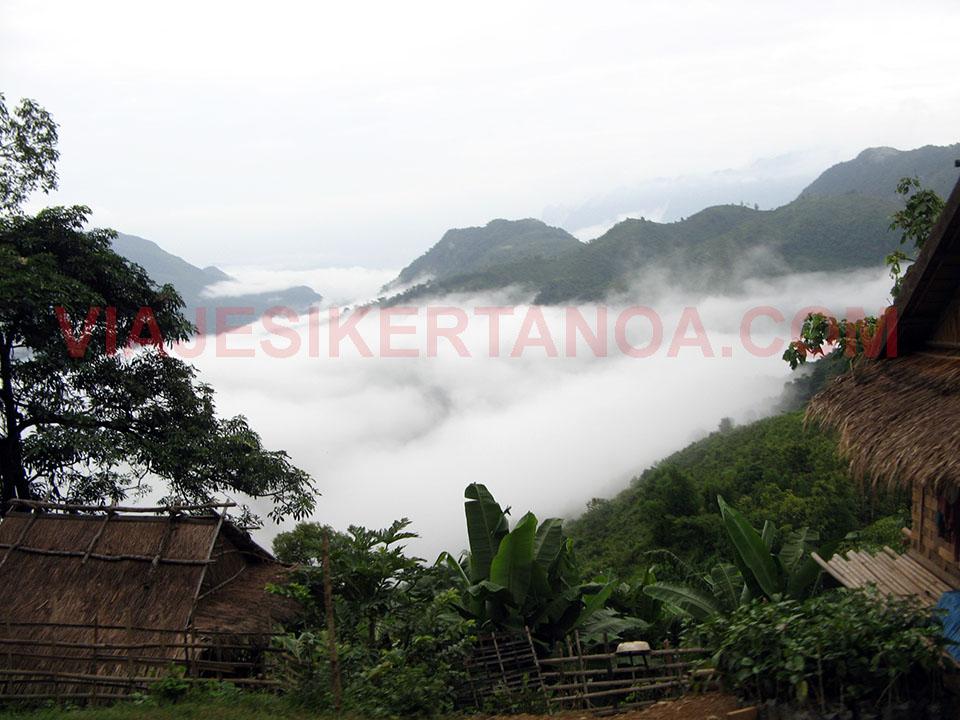 Zona de alta montaña camino de Vang Vieng en Laos