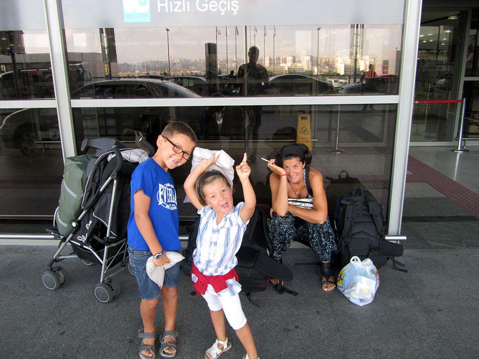 Aeropuerto Sabiha Gokcen en Estambul.