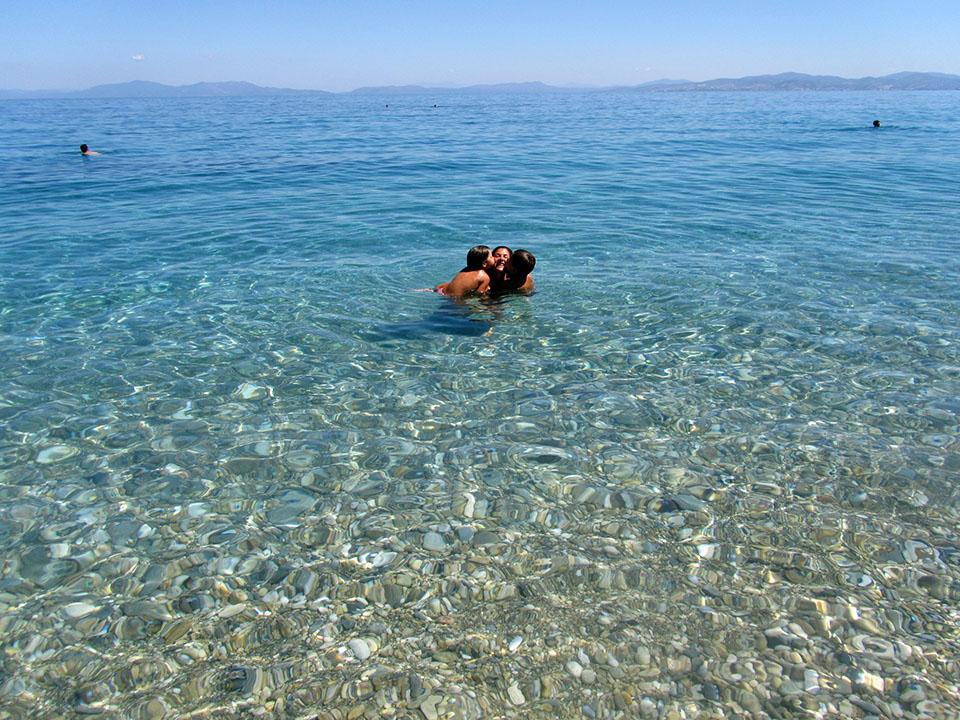 Agua cristalinas en el parque nacional de Dilek en Turquía