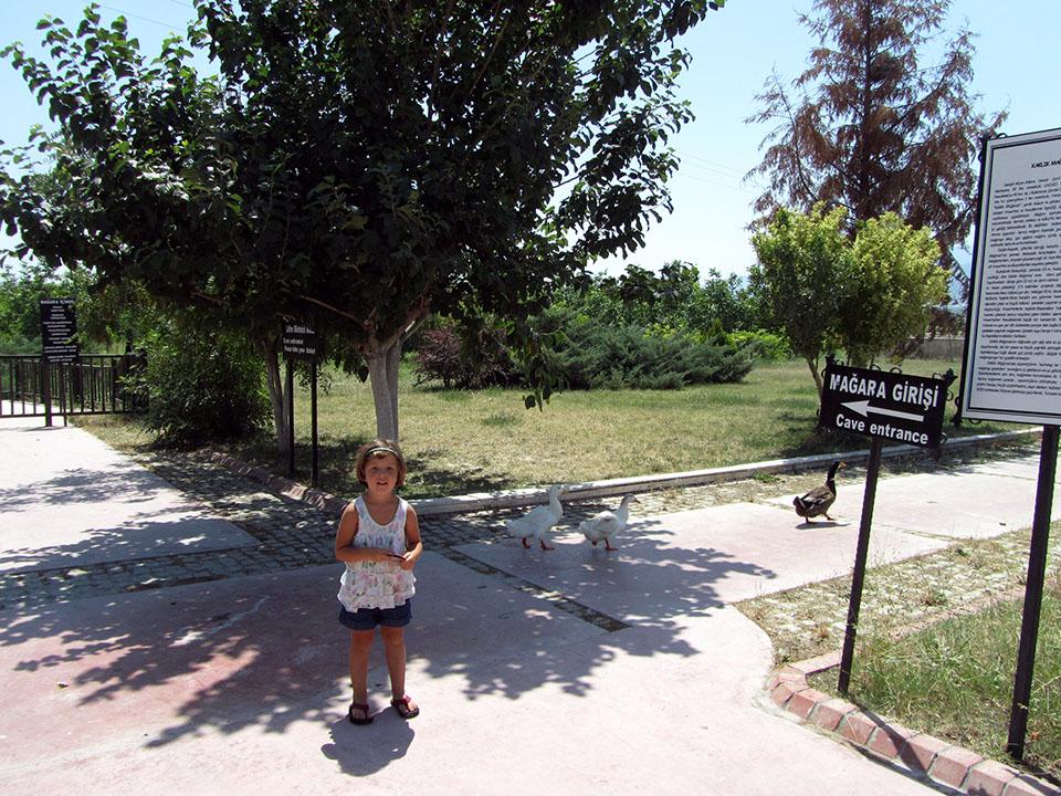 Entrada a la cueva de Kaklik en Turqía