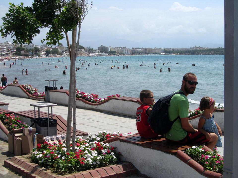 La playa de Altinkum cerca de Didima en Turquía