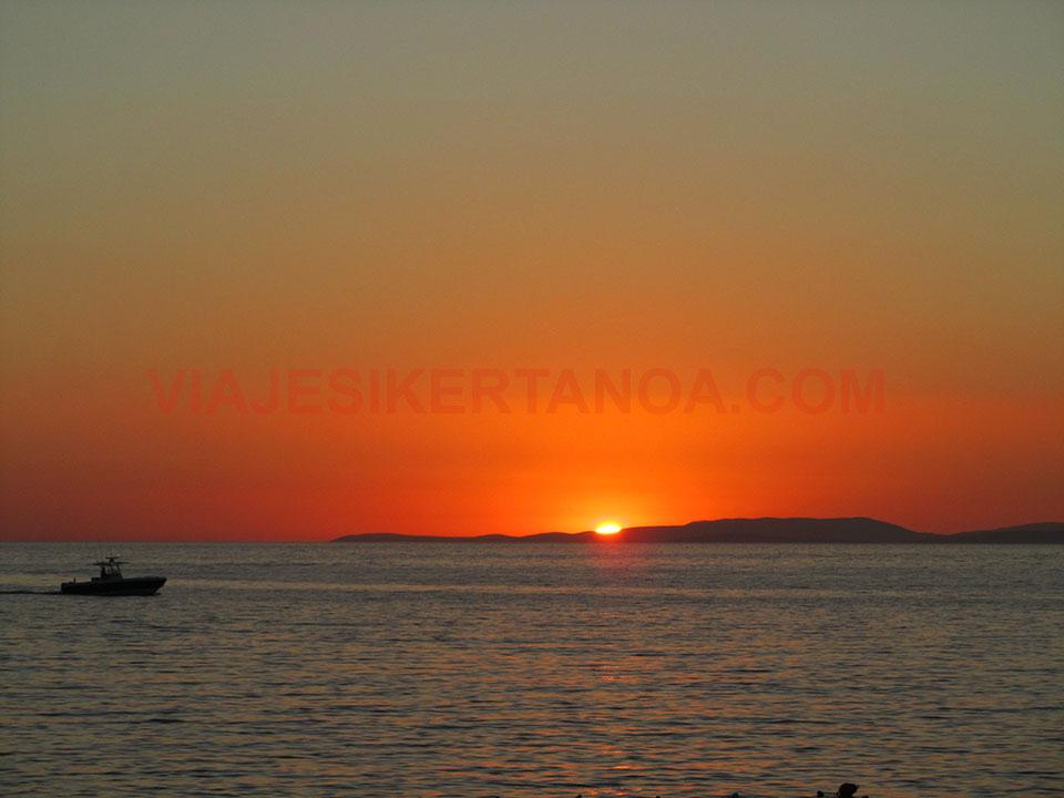 Puesta de sol en Kusadasi, Turquía
