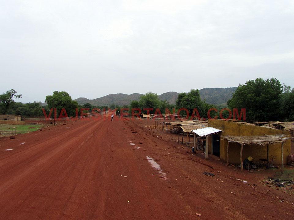 Carretera hacia Dindéfelo en Senegal