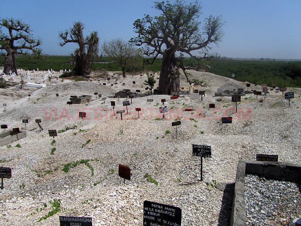 Cementerio judío en Joal - Fadiouth en Senegal