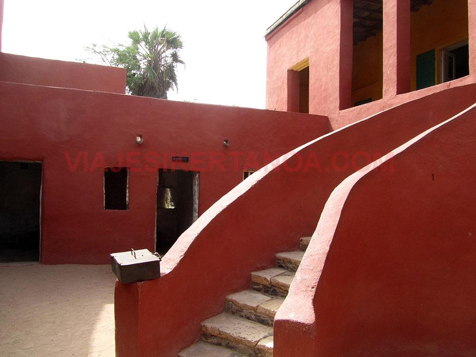 La maison des esclaves en la isla de Gorée en Senegal