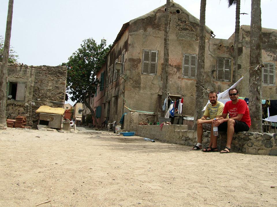 La zona menos turística de la isla de Gorée en Senegal