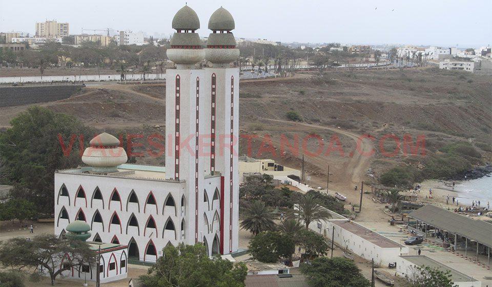 Mezquita en Dakar, Senegal.