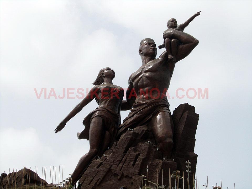 Monumento al renacimiento africano en Dakar, Senegal.