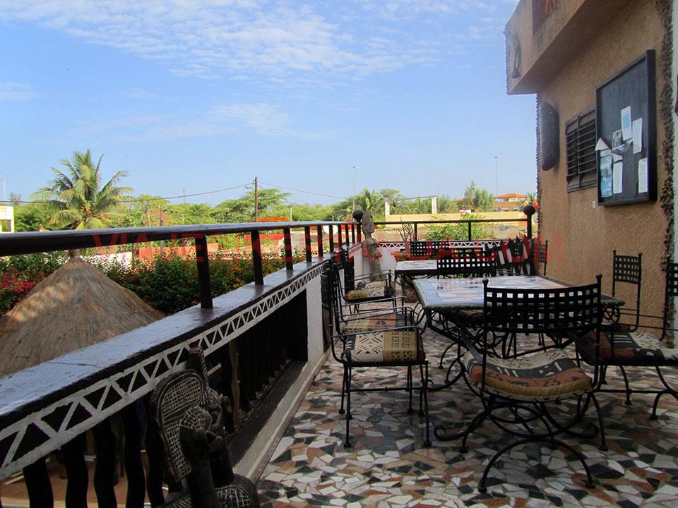 Terraza del hotel en Saly Niakh Niakhal, Senegal