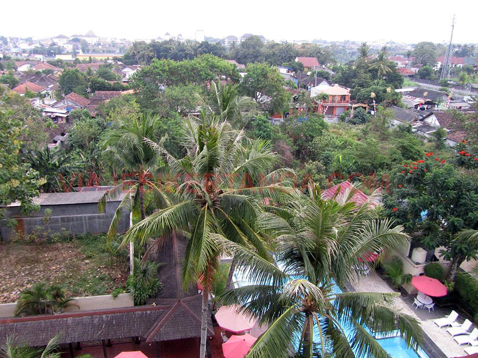Vistas desde el hotel en Yogyakarta, Indonesia