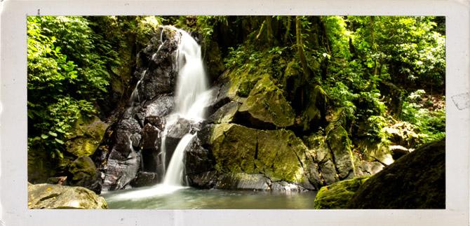 visita-a-pulau-weh-cascada-sumatra-viajes-ikertanoa-img