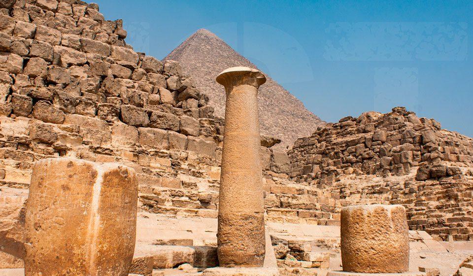 Templo de Isis en el Cementerio Oriental de la Gran Pirámide, Giza. Viaje a Egipto con Viajes Ikertanoa en abril 2018.