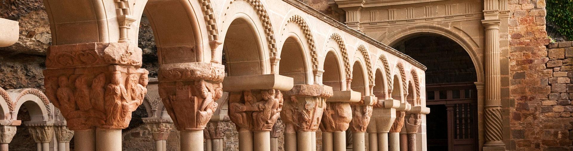 monasterio-san-juan-de-la-pena-viajes-por-espana-ikertanoa-img